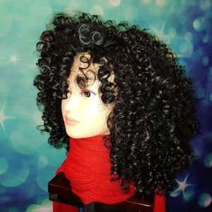 Very curly black wig with bangs 1001
